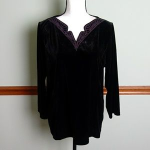 New Bob Mackie velour size large top